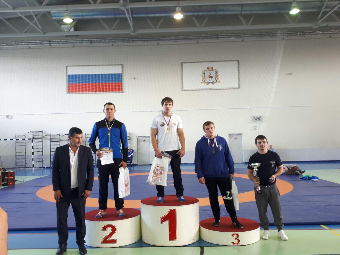 Нижегородец победил навсероссийских соревнованиях погреко-римской борьбе