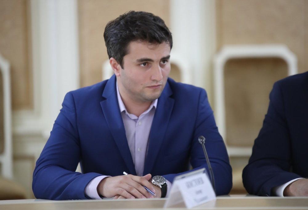 Анзор Костоев