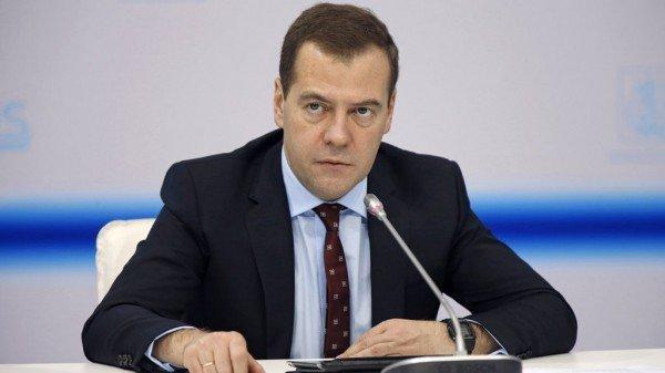 Медведев подписал национальную стратегию действий винтересах женщин