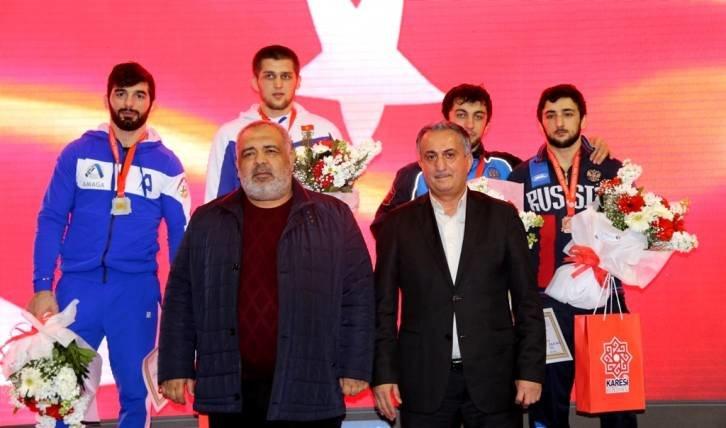 Армянские борцы завоевали 2 медали вСтамбуле