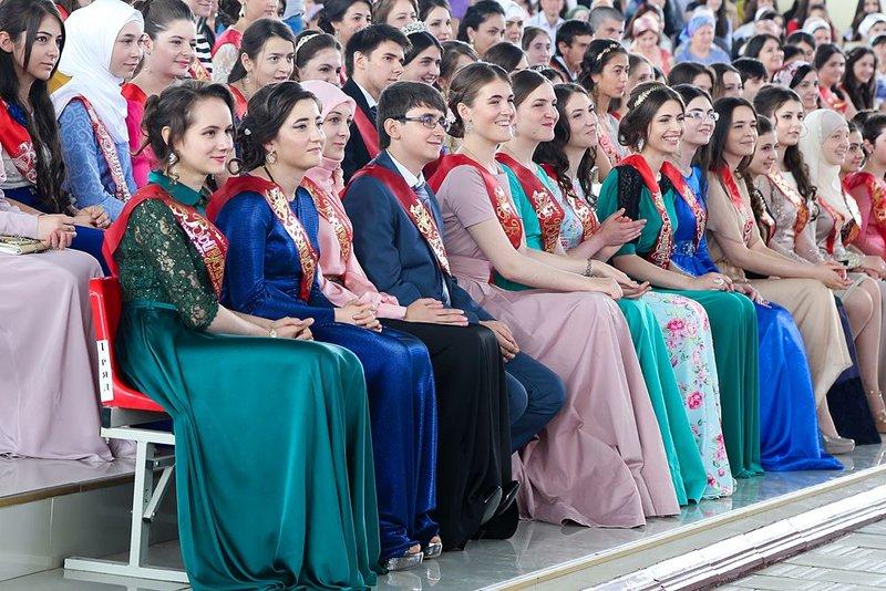 ВИнгушетии посоветовали  отменить ученические  выпускные балы из-за Рамадана
