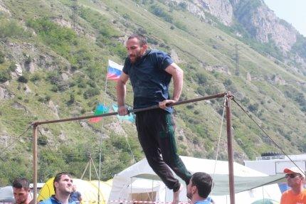 Участники «Кубка Кавказа» соревновались вспасении людей при техногенных авариях