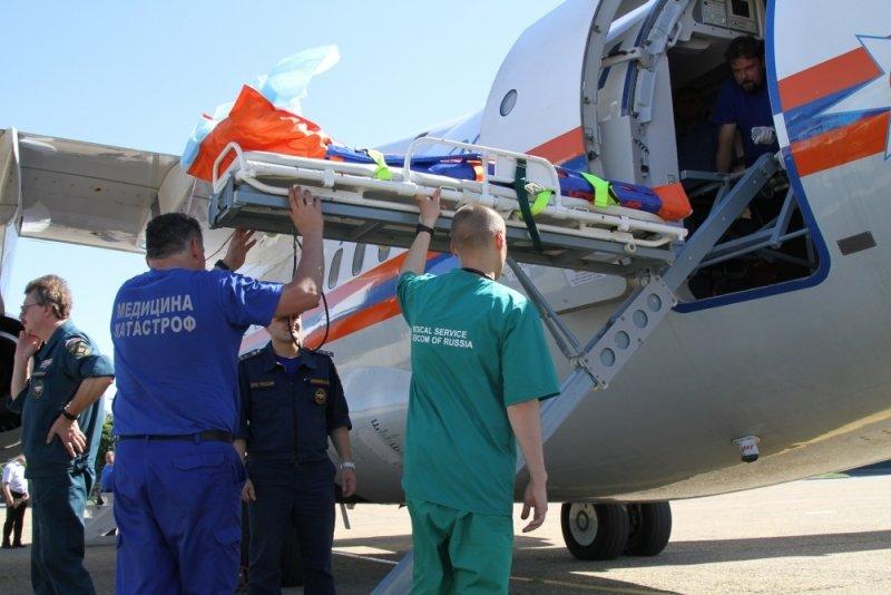 «Летающий госпиталь» доставил изЧелябинска в столицу России девочку, тяжело раненную вДТП